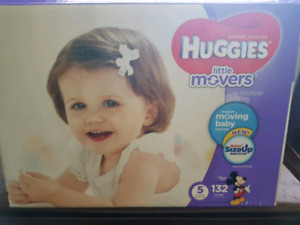 Size 5 Little Movers Diapers