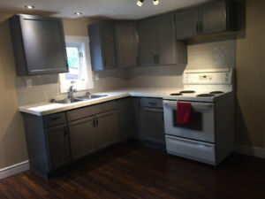 Cute 1 Bedroom plus Den Home Available Immediately!