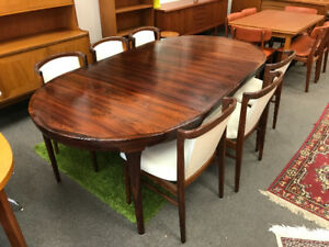 MID CENTURY MODERN ROSEWOOD TABLE 6 CHAIRS not teak