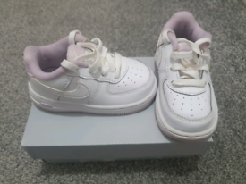 Baby girls Nike Air Force size 5.5