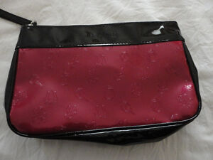 Lancome red/black makeup pouch bag wristlet Brand new London Ontario image 3