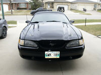 1995 Mustang GT Convertible 5.0 HO Automatic A/C GPS loaded