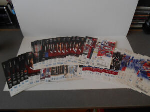 CARTES DE HOCKEY(LOT DE 81 BILLETS DE HOCKEY DU CANADIEN DE MTL)