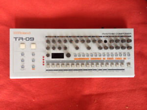 Roland Boutique TR-09 Drum Machine downtown Montreal Synth