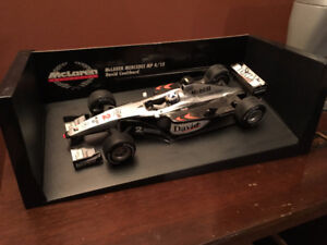 Minichamps F1 West McLaren Mercedes MP 4/15