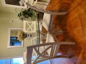 Stunning chalk painted dining set