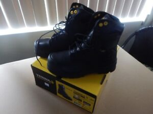 *NEW* Safety Shoes, Never Worn, orig. Box/Tags