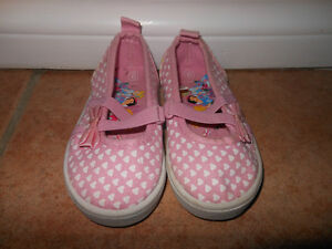Size 6 - 6 & a half Toddler Shoes - $1- $10
