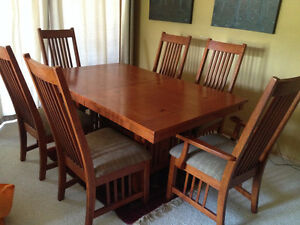 Mission Style Dining table and 6 chairs