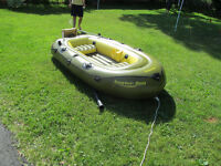 Airhead Angler Bay Inflatable Boat with Motor-Mount