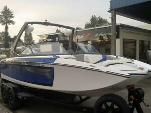 2017 Tige RZ2 -loaded - blowout priced
