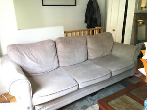 Couch/Sofa bed (queen size)