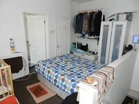 1 bedroom in Autumn Grove, Hyde Park, Leeds