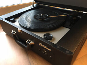 Electrohome Archer Vinyl Record Player Classic Turntable