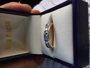 Brand new, 14 K gold, Canadian diamond ring