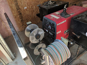Lincoln 305g with 140 hours, fully equipped welding skid...Reels