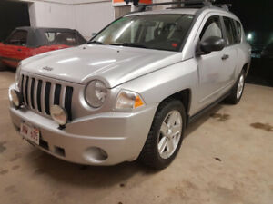$4998 TAX INCLUDED 2009 JEEP COMPASS LOW KMS !!!