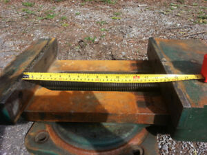 """Heavy Drill Press Vise 15"""" Opening and 15"""" Swivel Base"""
