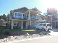 20-1581 20 St, NE Salmon Arm--Immaculate home w/great lake view!