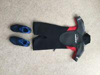 Child's Alder wet suit and aqua shoes