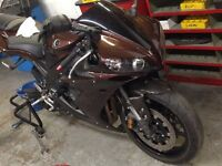 Parting out 2004-2006 Yamaha R1 Yzfr1 parts