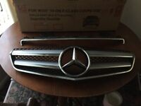 Merccades E class coupe genuine grill and Bonet grill top 2010 onwards