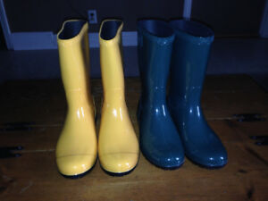 2 pairs Ladies UGG rubber boots for sale.