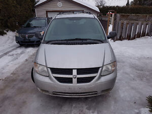 2007 Dodge Caravan Sieges Stow and go Familiale