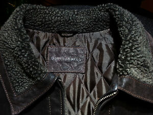 Leather Jacket by Denver Hayes lined with Thinsulate-Like Fill Peterborough Peterborough Area image 8