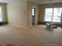 DORVAL-4.5 (Large, Bright, With Fresh Renovations) Reserve it !