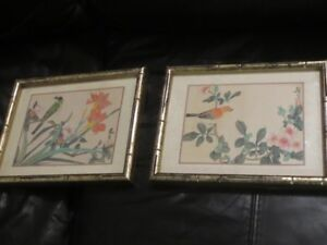 Pair of  Chinese paintings on fabric (silk?) -  Lovely Birds