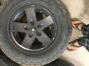 Hankook dynapro ATM tires on jeep rim