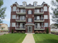 Condo with private garage Vaudreuil