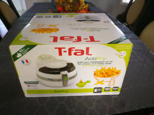 Brand new F-fal Actifry