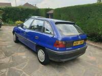 Vauxhall/Opel Astra 1.4i ( Hi-Torq ) 1995MY Merit