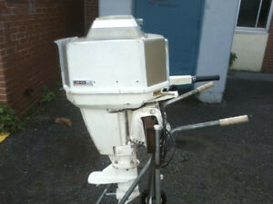 Chrysler 20hp Autoelectric Outboard