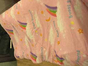 Girls twin bed comforter