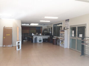 Office/Retail Space available in Large Building.