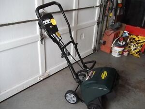 YARDWORKS ELECTRIC SNOWBLOWER