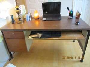 Heavy duty desk $80 Mag stand,