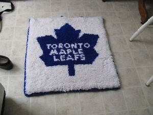 Toronto maple Leafs wall hanging/mat