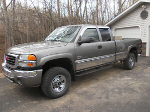 2006 GMC Sierra 2500 SLE 4X4 Long Box Pickup Truck