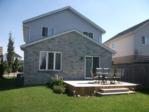 Great Family Home in the Ira Needles\Victoria St.- Kitchener Kitchener / Waterloo Kitchener Area image 2