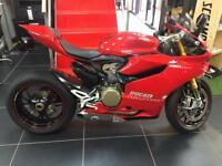 DUCATI 1199 PANIGALE S RED. STUNNING CONDITION WITH TERMIGNONI EXHAUSTS