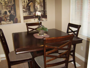 Table with 6 chairs Cambridge Kitchener Area image 2