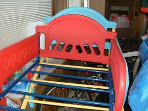 2 toddlers bed