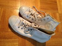White leather Converse All Star Hi-Top