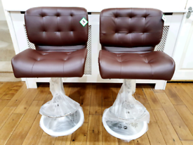 2 x Brandnew Breakfast Kitchen Bar stools - Brown