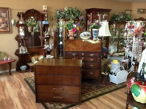 Antique Furniture, Home Decor & More... Moose Jaw Regina Area image 5