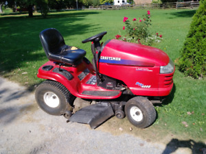 Riding mower,  Craftsman DYT4000 limited edition $600.00